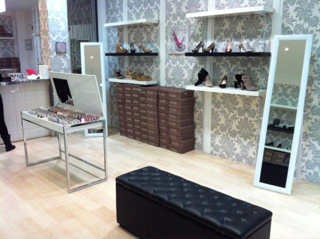 Mobilier magasin achat de meubles et deco pour magasin for Achat mobilier design