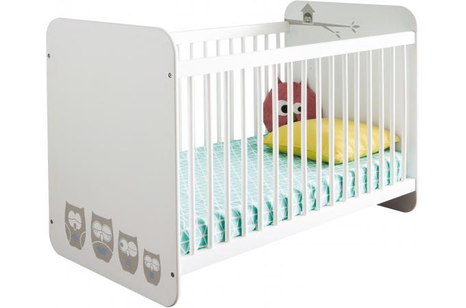 lit blanc avec barreaux de protection motifs chouette lit enfant pas cher. Black Bedroom Furniture Sets. Home Design Ideas