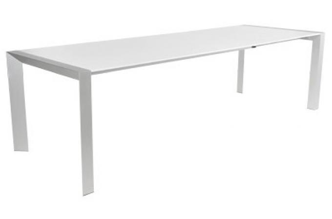 Table manger blanche sofia table manger pas cher for Table a manger blanche pas cher
