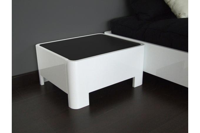 table de chevet blanc laqu johnny table de chevet pas cher. Black Bedroom Furniture Sets. Home Design Ideas
