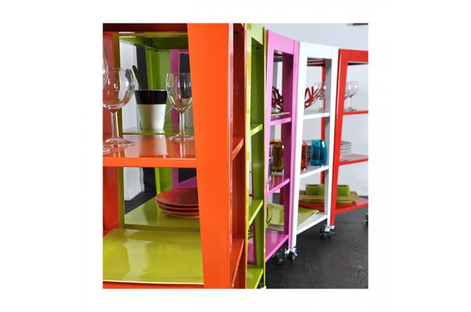meuble roulettes en m tal rouge 4 plateaux kity meuble. Black Bedroom Furniture Sets. Home Design Ideas