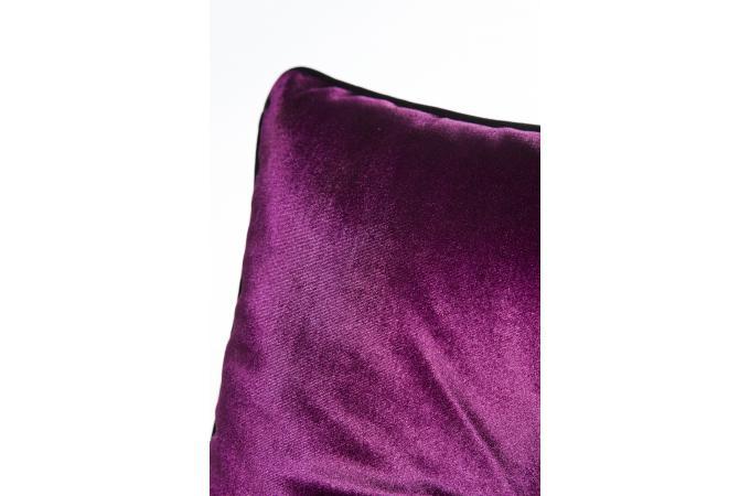 coussin violet robine coussin pas cher. Black Bedroom Furniture Sets. Home Design Ideas