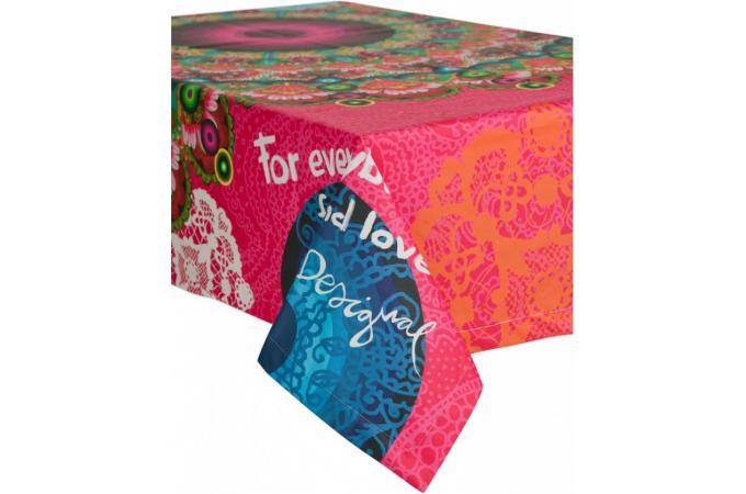 nappes serviettes de table pas cher linge de table deco design page 1. Black Bedroom Furniture Sets. Home Design Ideas