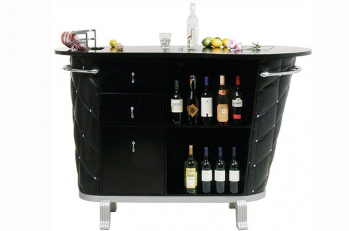 Meuble bar capitonn baroque rockstar bar capitonn baroque declikdeco for Bar design pour salon