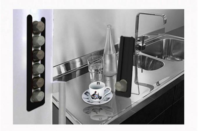 porte capsules nespresso magn tique noir accessoires pas. Black Bedroom Furniture Sets. Home Design Ideas