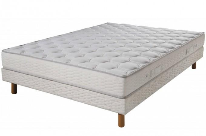 matelas 100 latex loan 90x190. Black Bedroom Furniture Sets. Home Design Ideas
