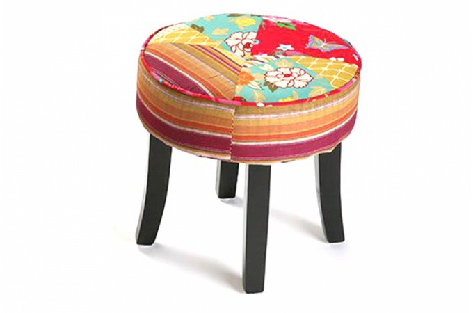 petit tabouret patchwork minautore poufs petits tabourets pas cher. Black Bedroom Furniture Sets. Home Design Ideas