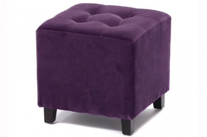 pouf velours capitonn prune poufs petits tabourets. Black Bedroom Furniture Sets. Home Design Ideas