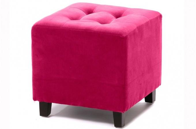 pouf velours capitonn fushia poufs petits tabourets pas cher. Black Bedroom Furniture Sets. Home Design Ideas
