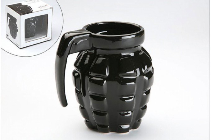 tasse grenade noire accessoire mug pas cher declik deco. Black Bedroom Furniture Sets. Home Design Ideas