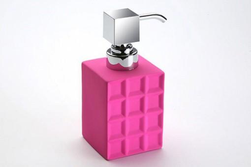 p distributeur a savon petits carres en ceramique rose