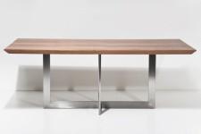 Table de repas Kare Design en bois et acier chromé Hadok, deco design