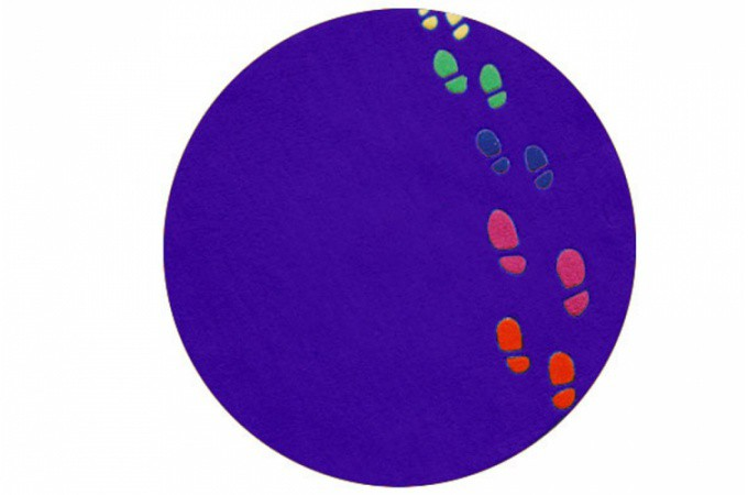 tapis enfant design rond violet empreintes 65x65 cm. Black Bedroom Furniture Sets. Home Design Ideas
