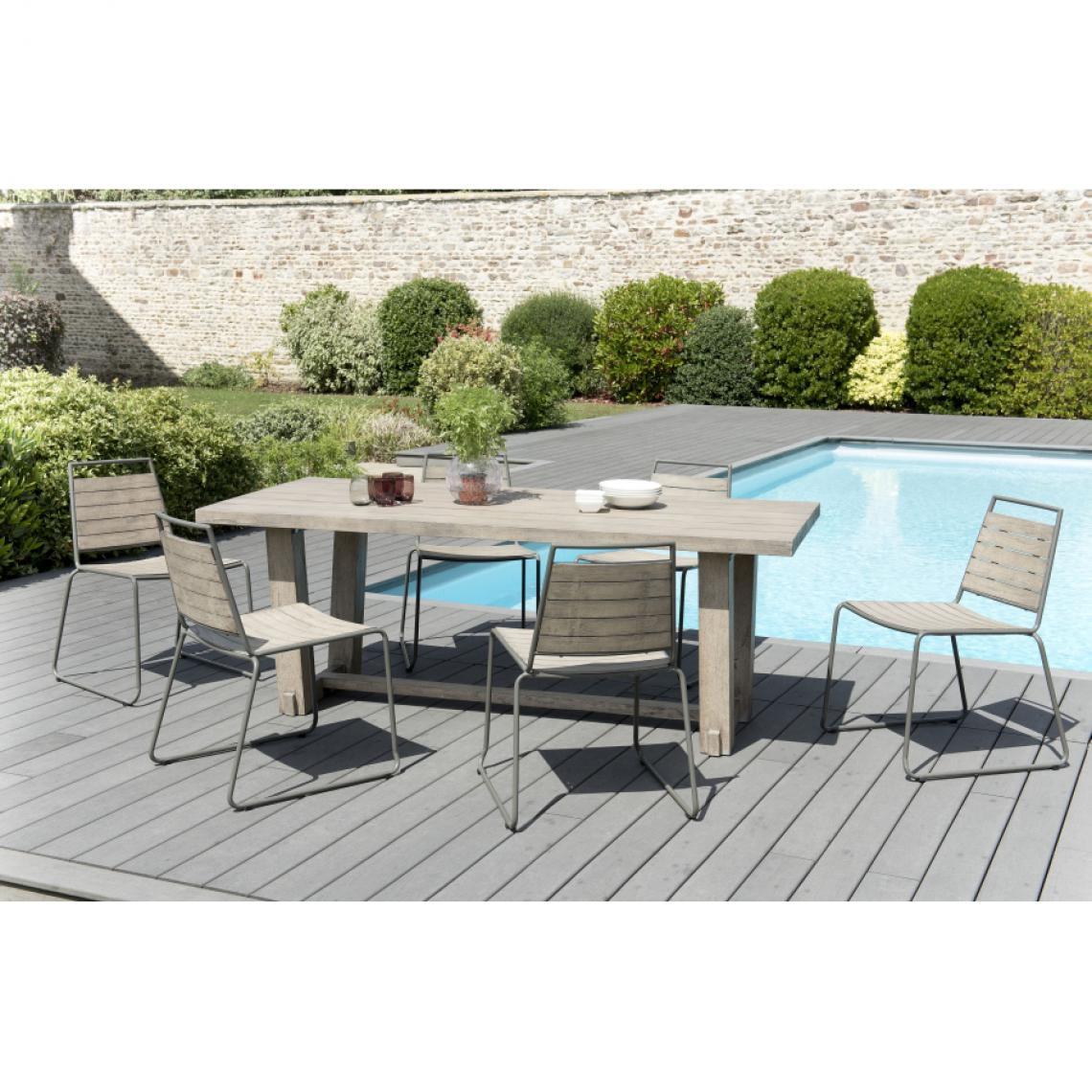 Ensemble Table rectangulaire en Teck teinté + 7 Chaises empilables bois et  métal