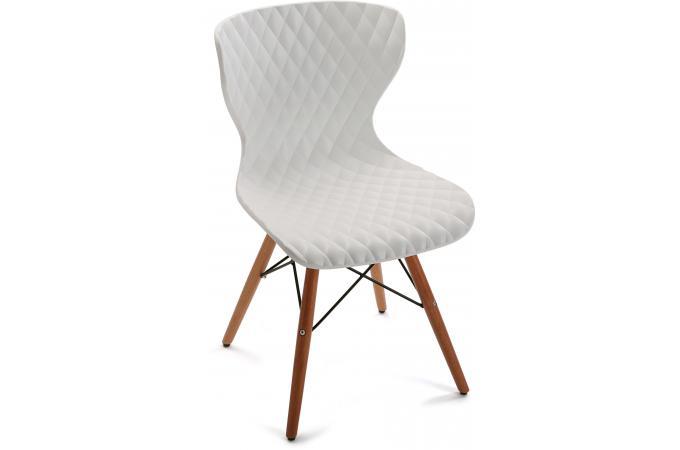 Chaise Design Pietement Scandinave Bois Blanc Zum Plus D Infos