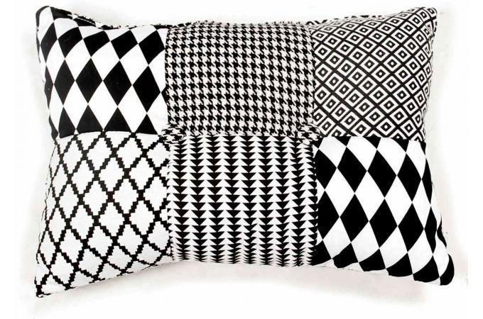 Coussin rectangulaire patchwork noir et blanc
