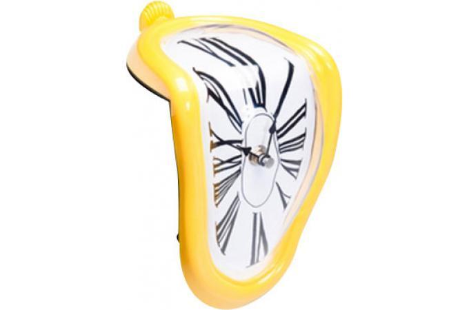 Horloge Murale D Form E Sur Table Jaune Horloges Design