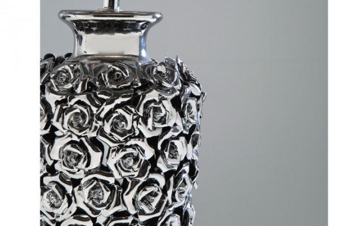 Lampe A Poser Metal Argente Pied Fleuri Rosalie Lampes A Poser Pas
