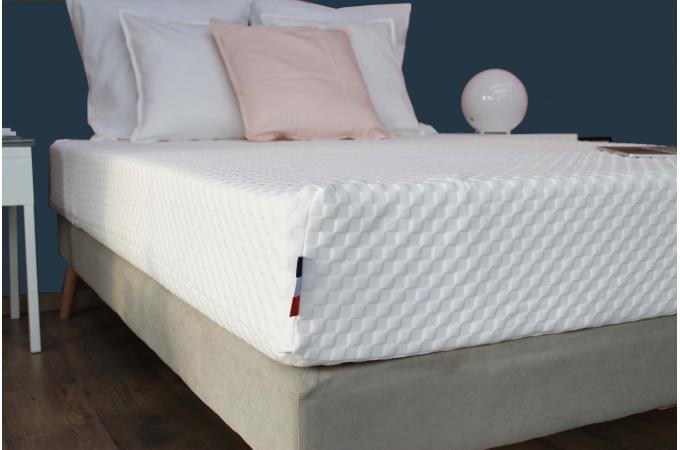 matelas en latex et mousse m moire de forme 50kg m3 blanc h22 90x200 cm lutece matelas pas cher. Black Bedroom Furniture Sets. Home Design Ideas