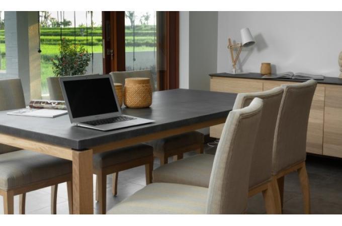 Table manger 180 en ch ne massif avec plateau noir copa - Table a manger noire ...