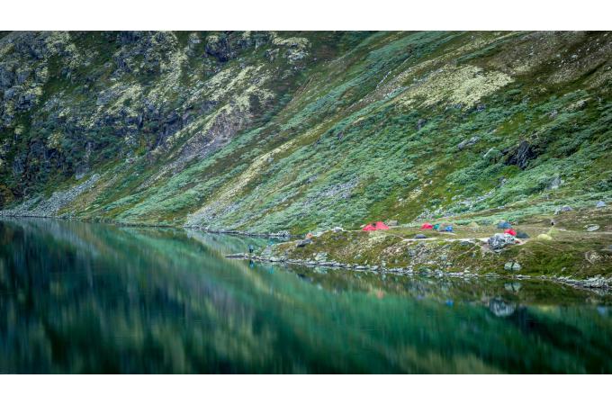 Tableau scandinave montagnes norv giennes 80x55 tableau for Nave luminaire exterieur