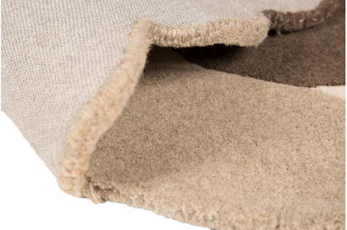 tapis 100 laine finition manuelle peby 90x150 beige tapis design pas cher. Black Bedroom Furniture Sets. Home Design Ideas