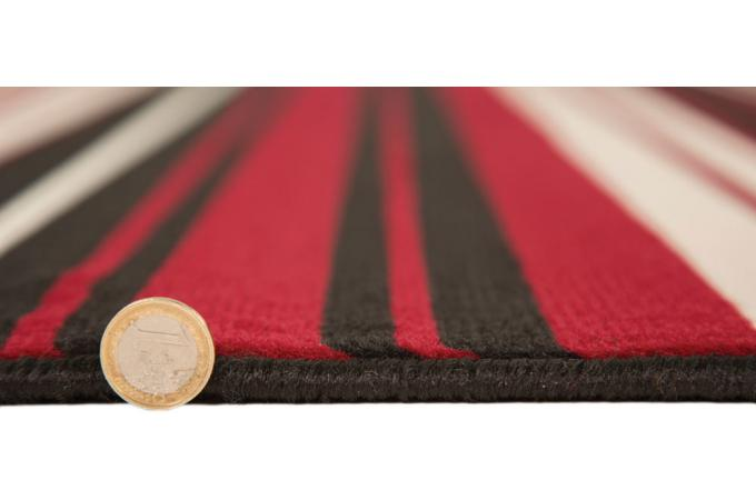 tapis 100 polypropylene maidstone 60x220 rouge et noir tapis design pas cher. Black Bedroom Furniture Sets. Home Design Ideas