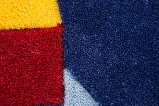Tapis Acrylique et polyester 140gms FUSEE 70X100