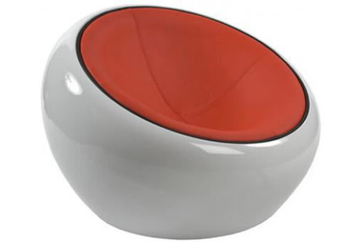 Pouf design blanc avec assise orange